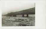 Postkarte - Die fertige Brücke im Eistreiben