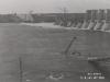 Ansicht der Sperre von Oberstrom währende des Hochwassers. Wasserstand + 63,20